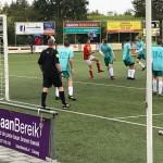 Mitch Hofland maakte de 1-0 voor Strandvogels.