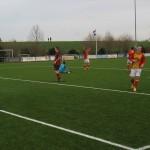 Een wat beschamend lachje bij Merlijn Weel als Erwin Neuvel in het seizoen 2013-2014 voor de zoveelste goal tegen Berkhout heeft gezorgd.