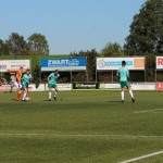 De bal gaat via de voet van de speler van St. George tegen zijn arm; penalty.
